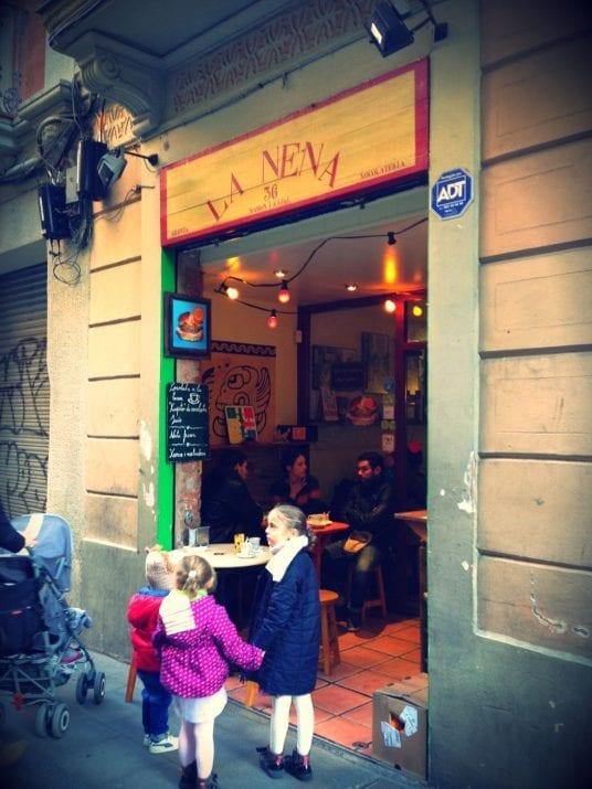La Nena: the best chocolate with churros of Gràcia
