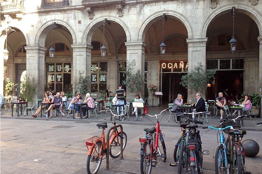plaza real barcelona
