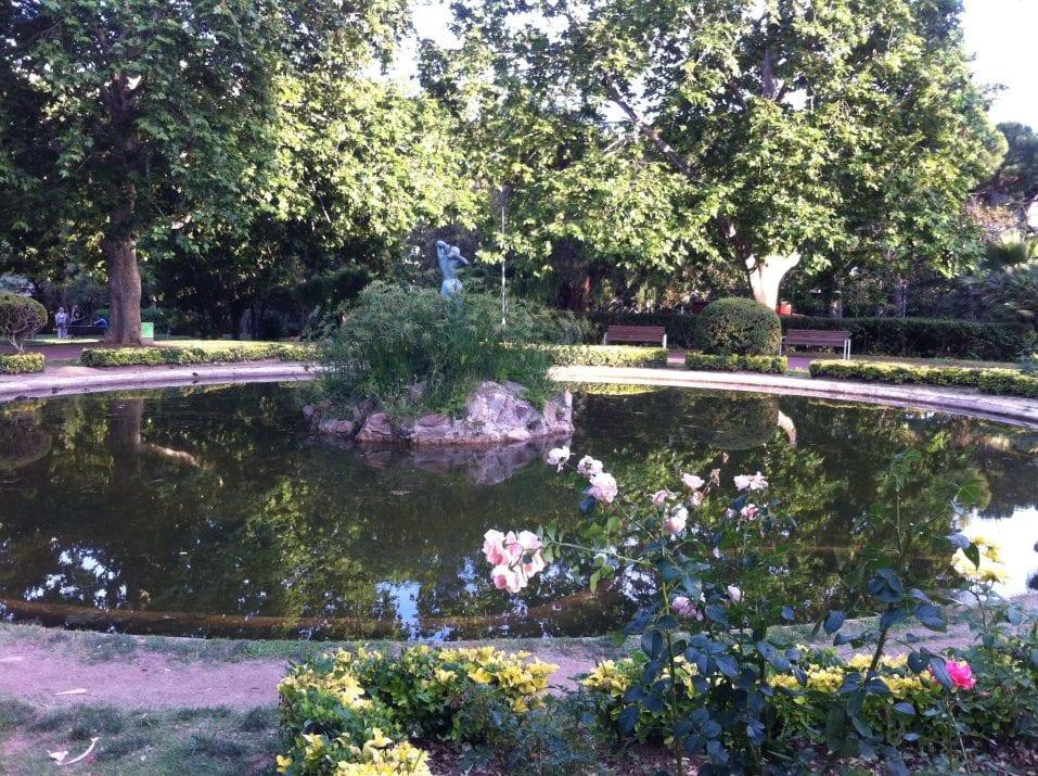 Lago parque Santa Amelia