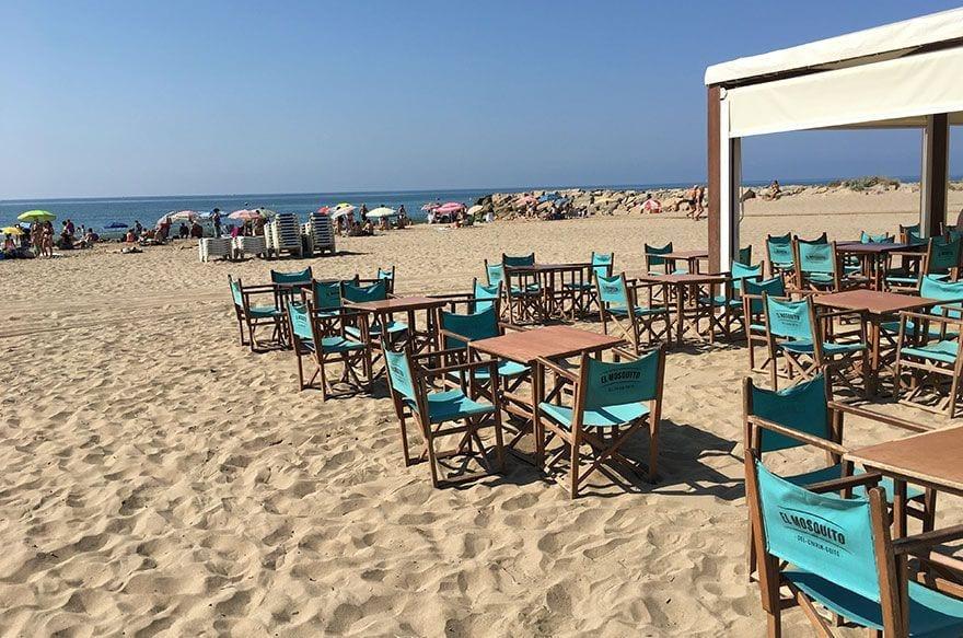 las mejores playas de barcelona para ir con niños