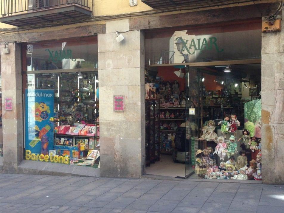 Xalar Barcelona, collection dolls and tin-plate toys