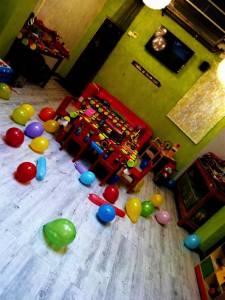 el-petit-princep-cafe-amb-nens-en-sants-0002