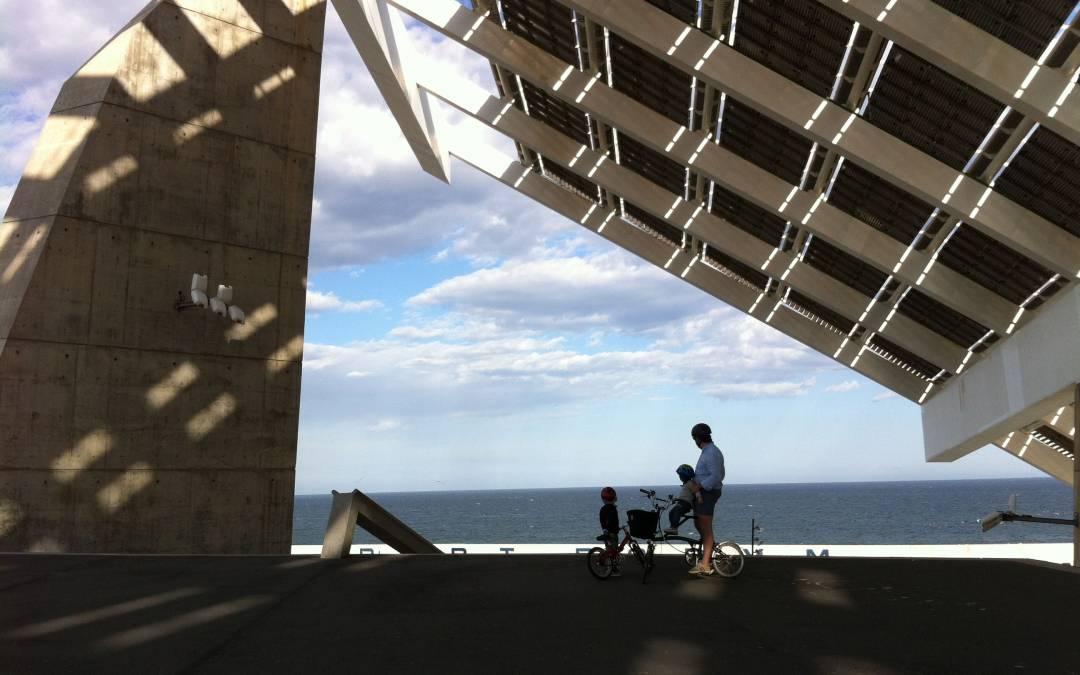 El Fórum. Arquitectura al lado del mar. (Ruta en bici)
