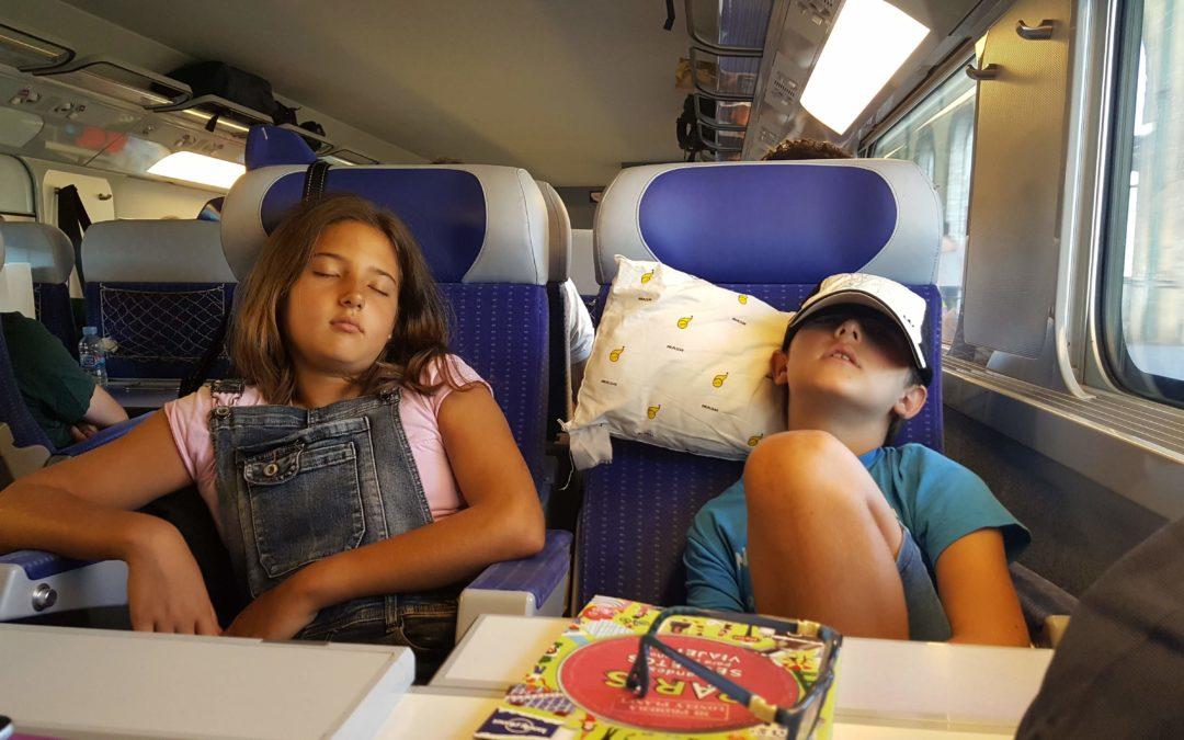 RENFE3_BarcelonaColours (2)