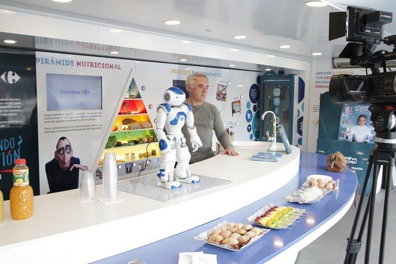 La caravana de la salud con Carrefour, Ferran Adrià y Disney.