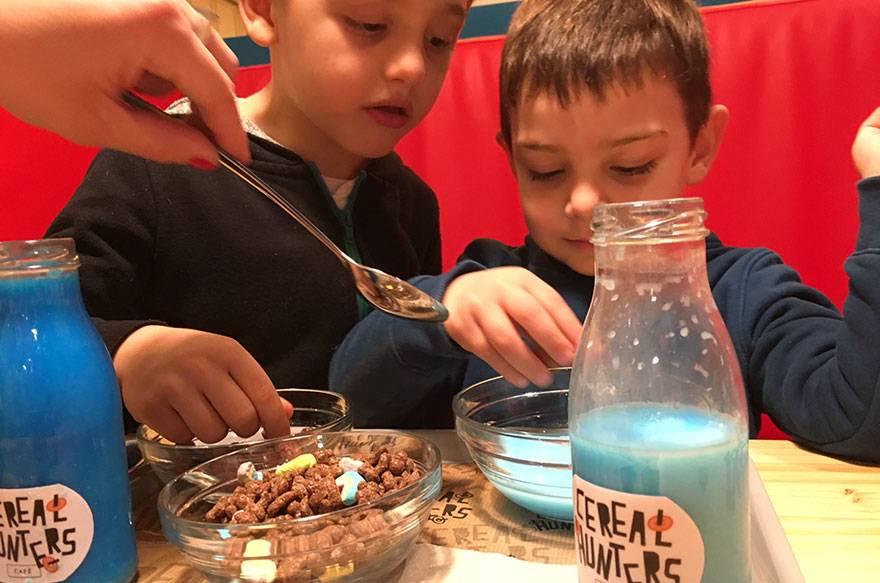 Cereal Hunters Barcelona, una cafetería muy original para desayunar o merendar con niños.